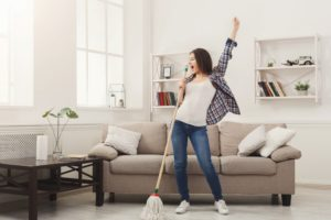how do I keep my home clean between cleaning service visits